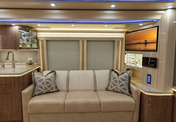 Justin Bieber vlastní luxusní autobus.