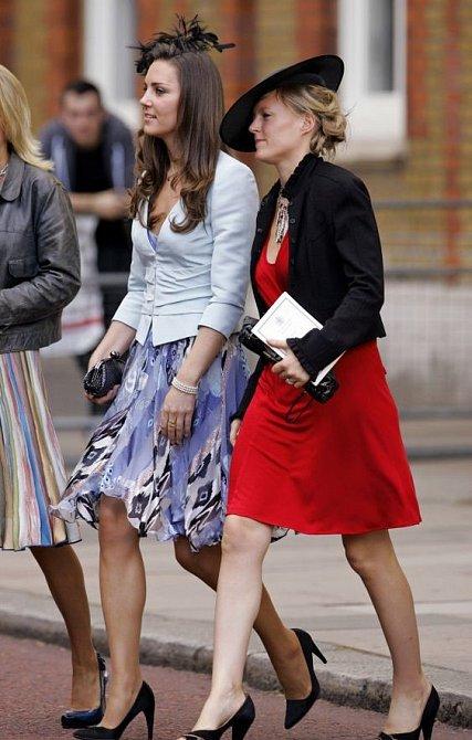 Sako patří mezi vděčný kousek každého šatníku.