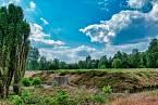 Masové hroby v Bergen-Belsenu
