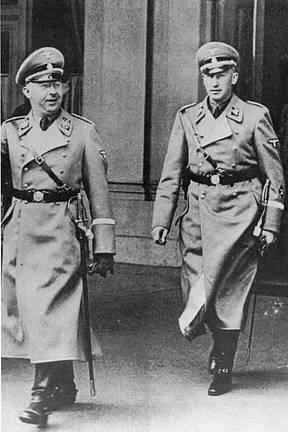 Heinrich Himmler a Reinhard Heydrich, rok 1938