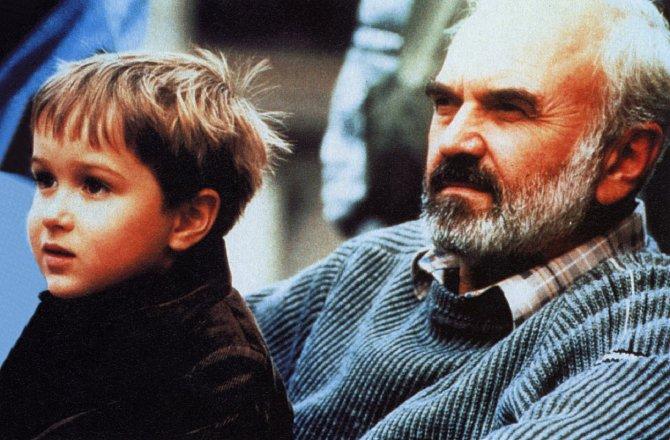 Druhý společný film otce a syna Svěrákových, Kolja (1996), získal autorům největší slávu
