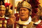 Ve čtvrtém století našeho letopočtu se začala morálka římského impéria pomalu měnit.