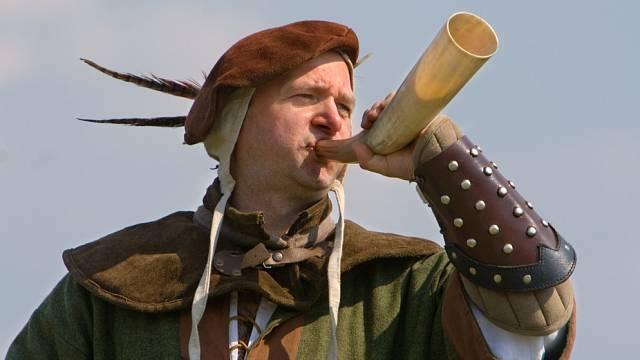 Lov zvěře ve středověku vyžadoval celou škálu zaměstnanců.