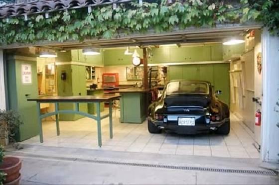 Elegantní dílna a garáž v jednom