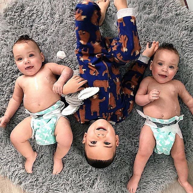 Dvojčata se narodila předčasně.