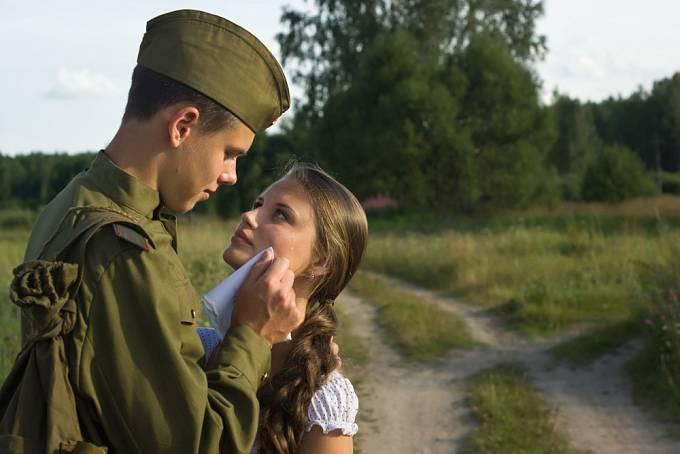 Sovětští vojáci znásilňovali ženy i na území osvobozených států.