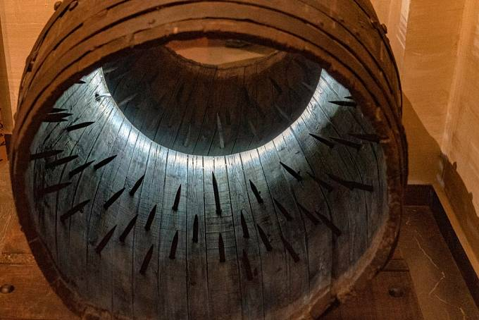 Středověk ve skutečnosti v mučících nástrojích nebyl až tak vynalézavý.