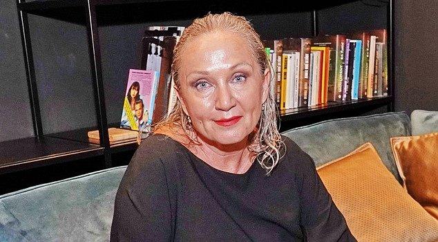 Zpěvačka přiznala, že v této době ji s psychikou pomáhají antidepresiva.