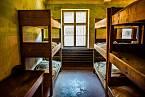 Evelina Merová sdílela pokoj v táboře s třiceti dívkami.