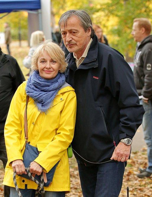 Musela dočasně opustit manžela Martina Stropnického.