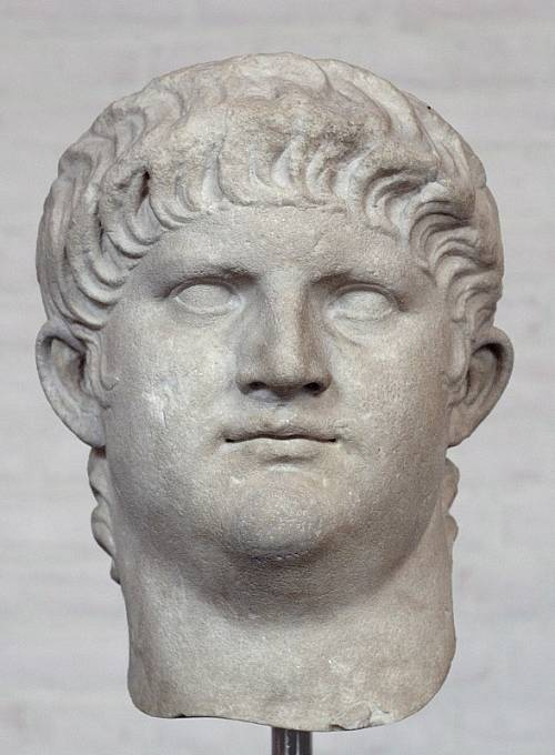 Nero proslul jako šílenec a vrah.