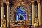 Dřevěná soška Panny Marie z roku 1500, která přežila velký požár kostela sv. Jakuba Většího