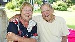 Za manželku si vzal loutkoherečku Janu Kalistovou, která se o něj celý život starala.