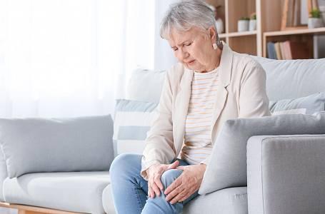 Nejčastěji bývají artrózou postižena kolena