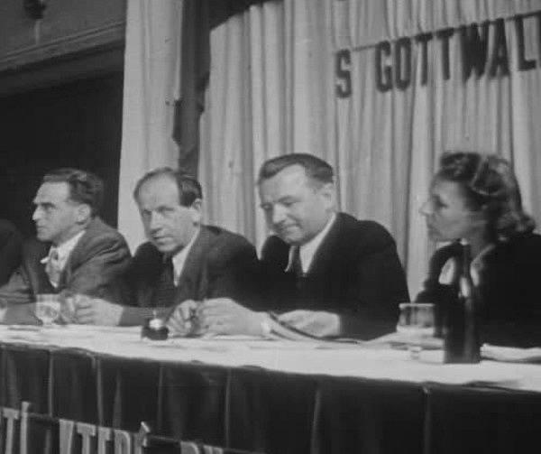 Marie Švermová, Klement Gottwald, Antonín Zápotocký a Rudolf Slánský