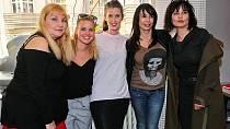 Veronika Gajerová s kolegyněmi