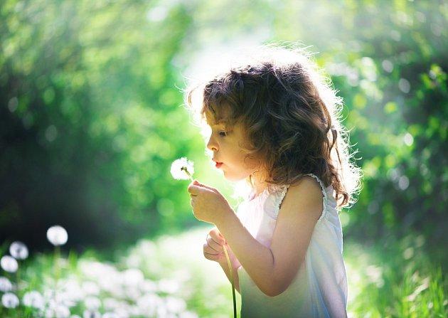Termín křišťálové děti se vztahuje k dětem, které se ve větším množství začaly rodit po roce 2010