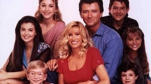 Generace Z na tomto seriálu vyrůstala a dodnes si mnozí pamatují jména hlavních představitelů