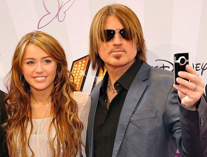Miley Cyrus s otcem