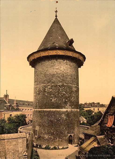 Věž v Rouen, kde byla Johanka vězněna před soudem.