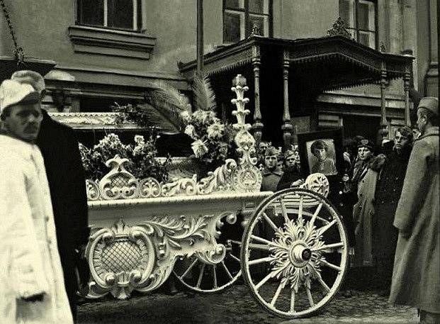 Pohřeb Inessy Armand