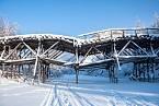 Mosty byly postaveny jen ze dřeva.