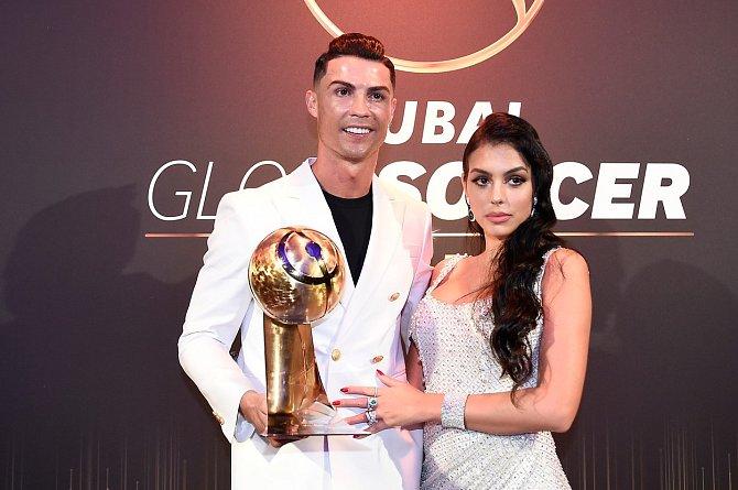 Cristiano Ronaldo a Georgina Rodriguez