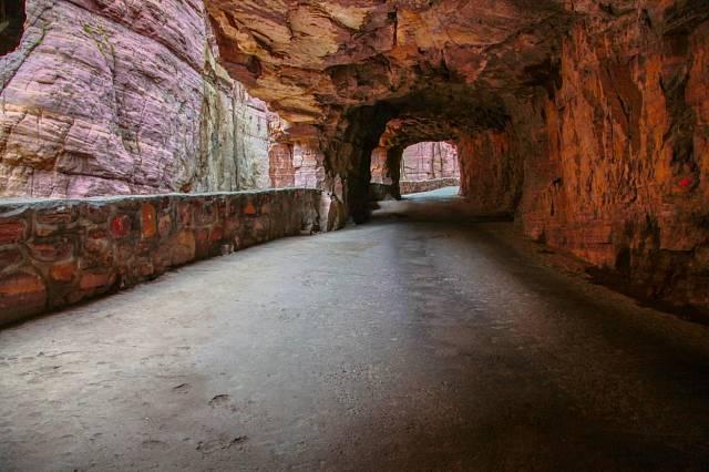 Lidé z vesnice tunel pojmenovali Guoliang