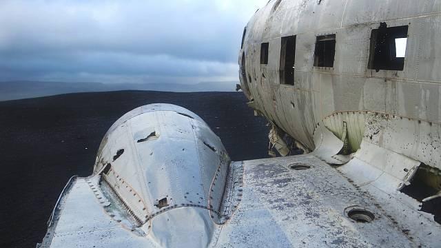 Co způsobilo největší leteckou tragédii u nás není známo.