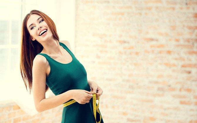 Při dietě se nezaměřujte jen na hubnutí, i kůže potřebuje péči.