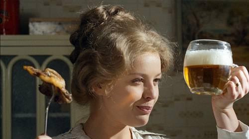 V době natáčení byla Magda Vášáryová těhotná