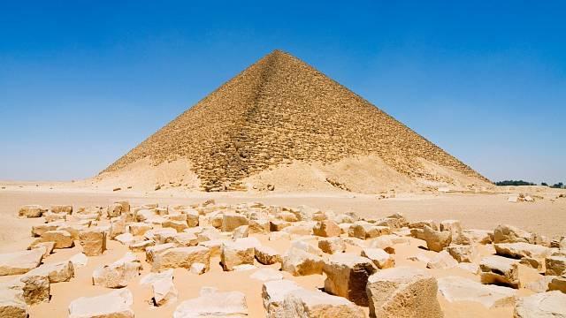 Červená pyramida v Dahšúru