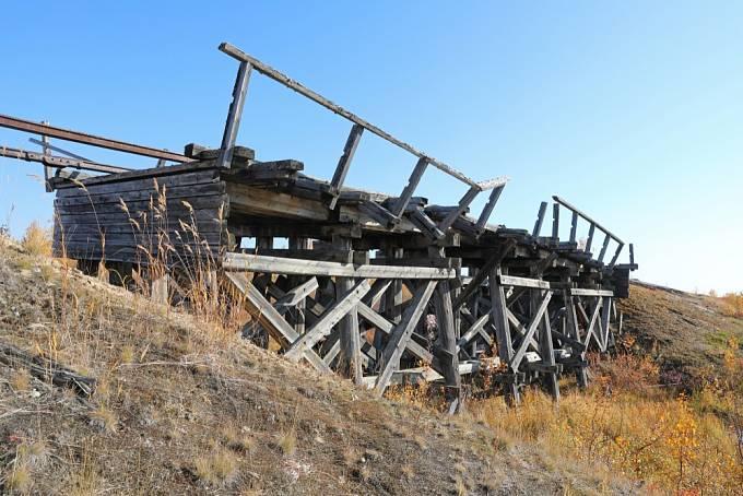 Most postavený vězni z gulagu