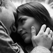 V den sexuální abstinence nebylo vhodné vést něžné rozhovory.