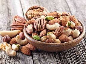Ořechy patří ke zdravému mlsání.