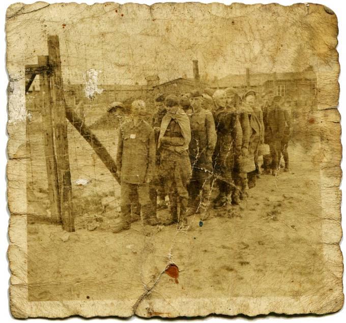 Život v koncentračním táboře.