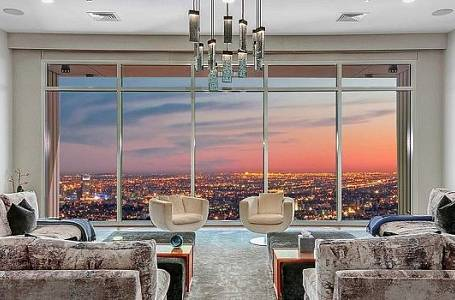Perryho penthouse v Los Angeles