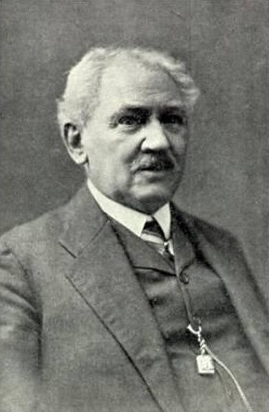 Státní popravčí Leopold Wohlschlager, který roku 1927 Sandtnera pověsil