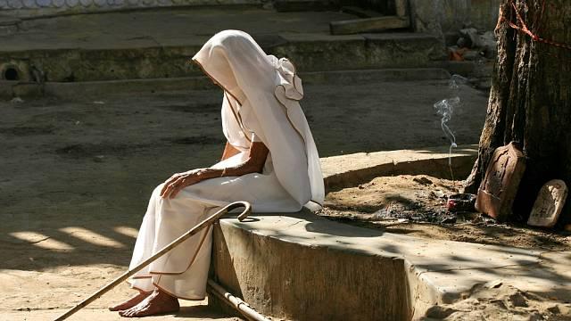 Vdovy v některých hindských komunitách nesou stigma dodnes.