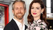 Anne Hathaway s manželem