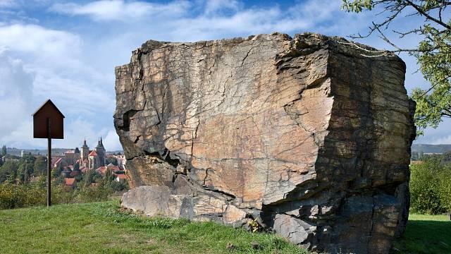 Lechův kámen a hradiště, Kouřim