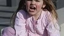 Rodiče by neměli štvát dítě proti sobě