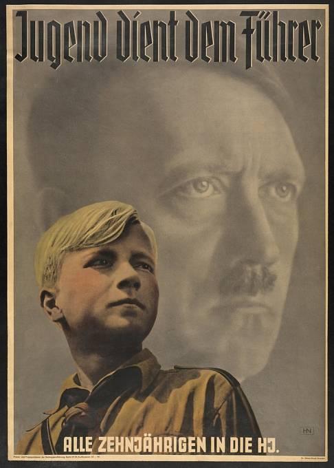 V mládí Hitler viděl budoucnost - a také silnější armádu.