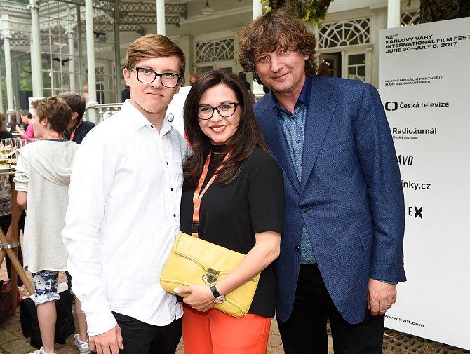 Dana Morávková s manželem a synem