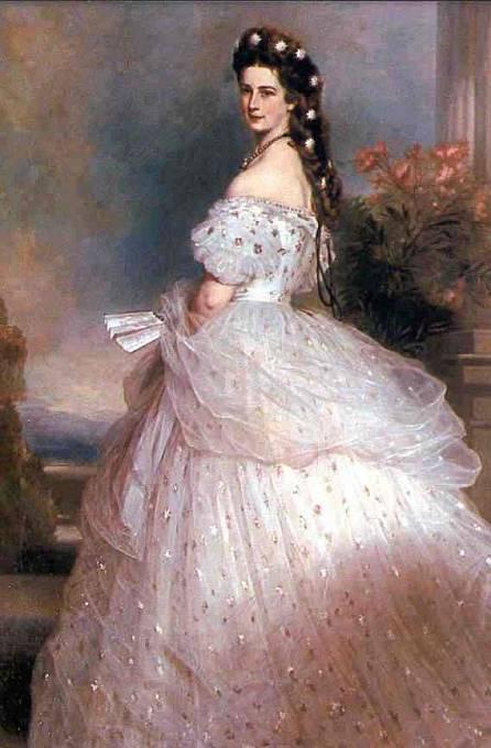 Bohaté suknice si oblíbila i císařovna Sissi.