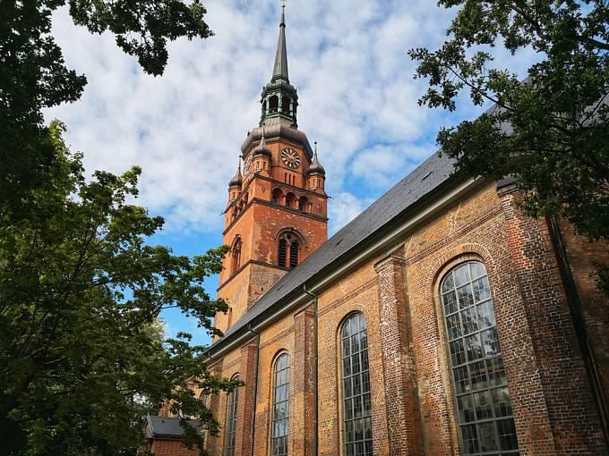 Mučedníkovi je zasvěcena spousta kostelů.