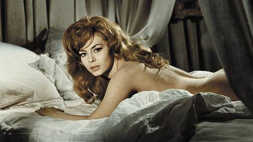 Michèle Mercierová tvrdí, že kdyby stála před stejným rozhodnutím o řadu let později, roli Angeliky by nejspíš nevzala