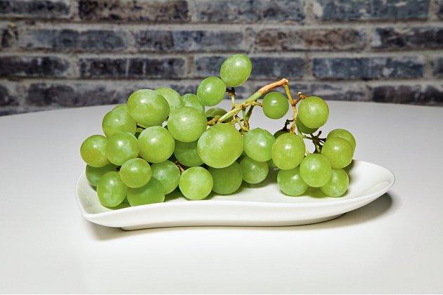 Hroznové víno může mikrovlnku vážně poškodit.