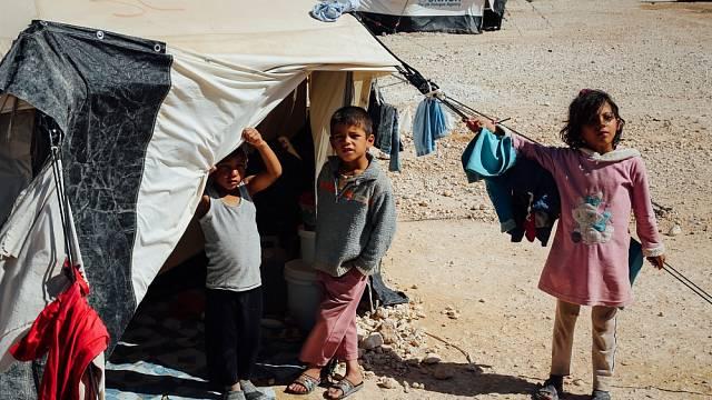 Každý den se zde rodí průměrně jedenáct dětí. A stále přicházejí nové rodiny, které hledají v Jordánsku bezpečné útočiště