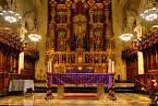 Vnitřní oltář katolické církve
